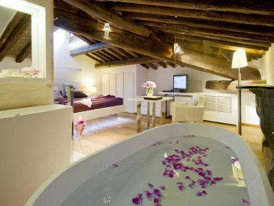 gigli-d-oro-suite-rome-suite-exclusive-1