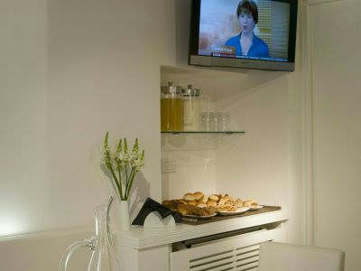 gigli-d-oro-suite-rom-breakfast-5