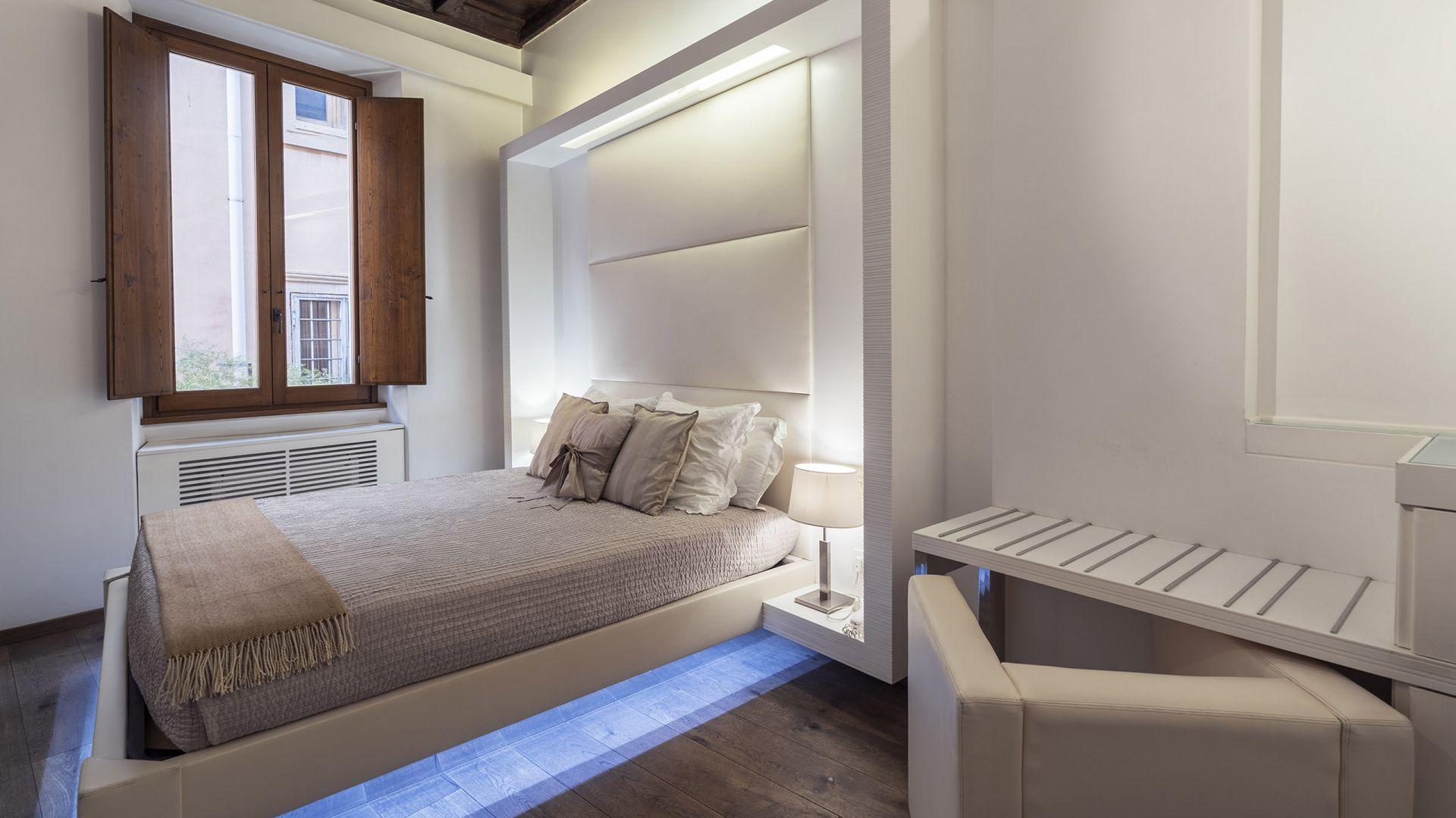 Gigli-d-oro-suite-Roma-suite-classic-2021-stanza-1